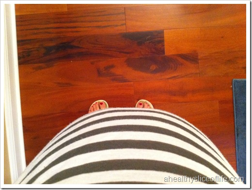 27 weeks pregnant belly picture 2