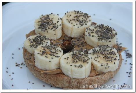 bagel with pb banana and chia seeds