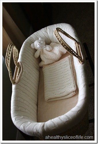 nursery moses basket