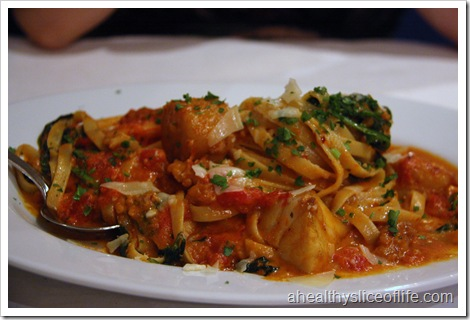 seafood pasta with red cream sauce