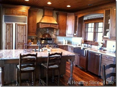 Boone Cabin Rental kitchen