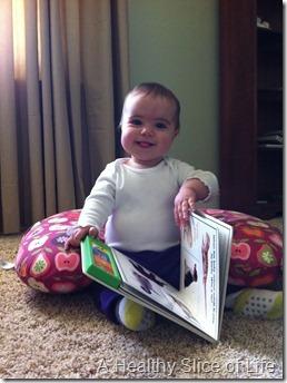 Hailey likes to read