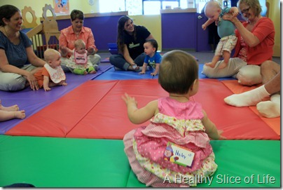 Gymboree Play & Music- in a circle