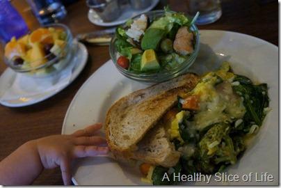 Washington DC- Founding Farmers- drag through the garden omelet