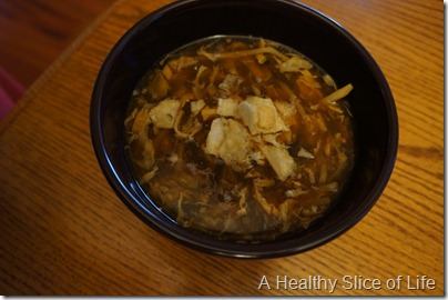 how to NATURALLY cure a sore throat- hot and sour soup