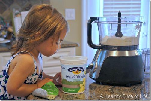 toddler friendly hidden berry cherry frozen yogurt pops- stonyfield vanilla