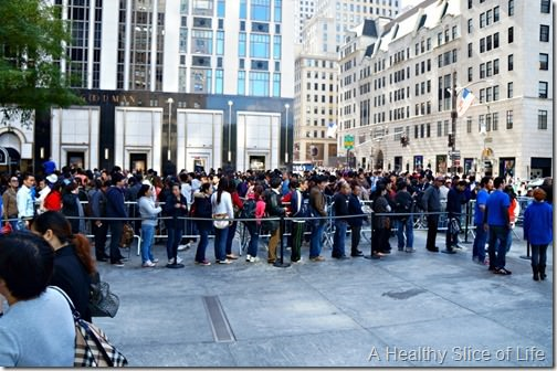 nyc part 2- iphone addicts
