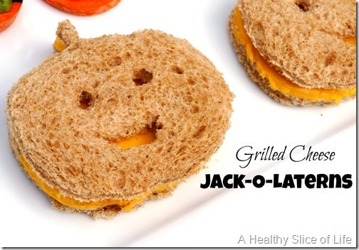 healthy kid-friendly Halloween goodies- grilled cheese jack-o-laterns