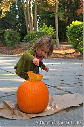 pumpkin pie spiced seeds- toddler pumpkin