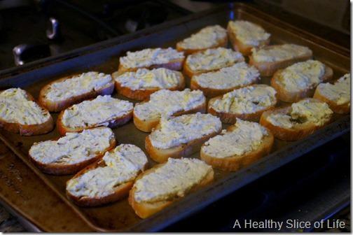 harris teeter season eatings - caramelized onions and mushroom goat cheese crostini- goat cheese