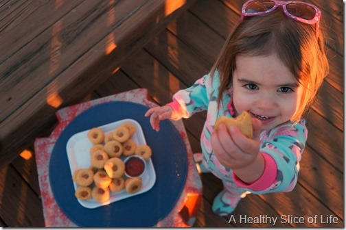 healthy corn dog muffins for kids- kid approved