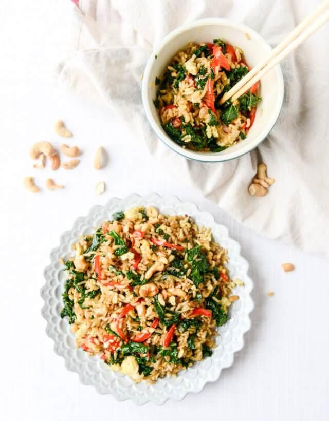 garlic-kale-and-cashew-fried-rice-I-howsweeteats.com-3
