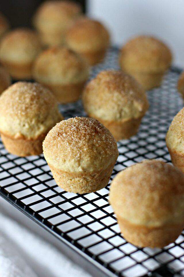 vanilla cinnamon apple puffs- 5