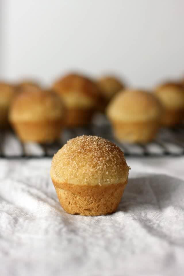 vanilla cinnamon apple puffs- 6