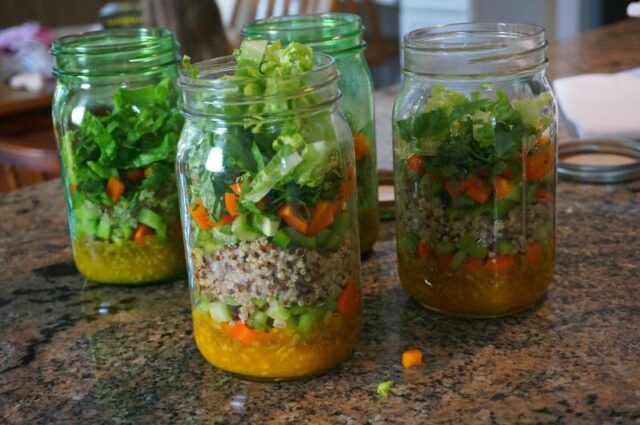 meal planning after vacation- salad jars