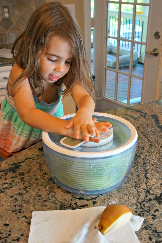 salad spinner helper