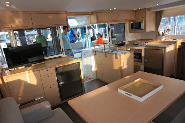 annapolis boat show 2015 3- helia