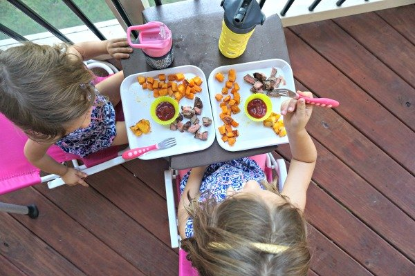 summer-porch-picnic